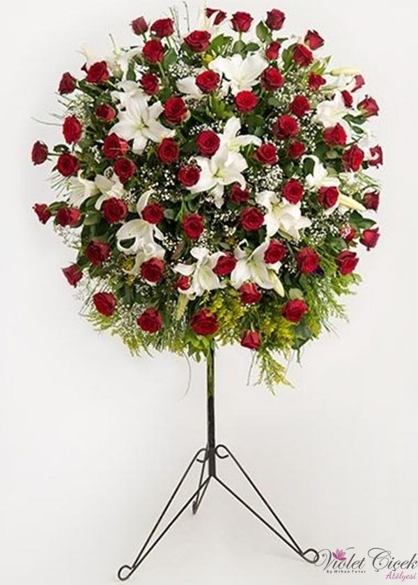 Kırmızı Gül ve Beyaz Lilyum Ferforje